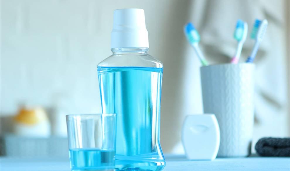 un componente químico en algunos colutorios reducir hasta 1.000 veces infección del SARS-CoV-2